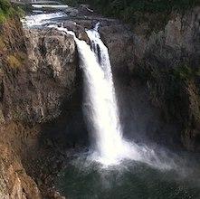photo of snoqualmie falls